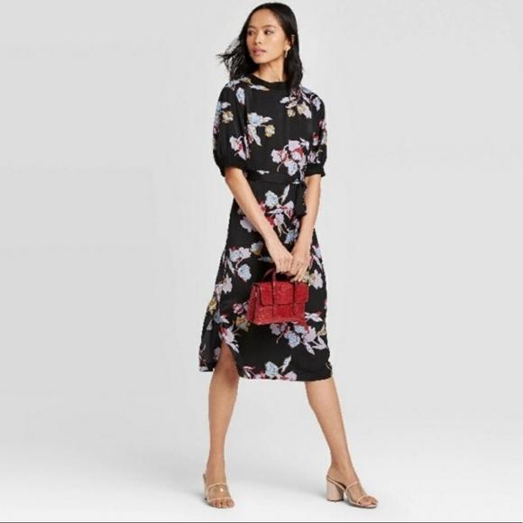 Who What Wear Black Heirloom Floral midi dress
